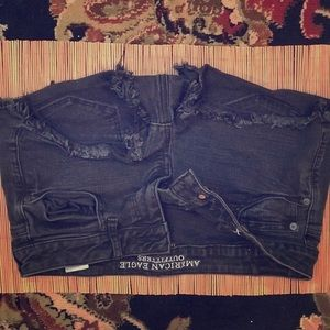 Black rip off jean shorts size 10